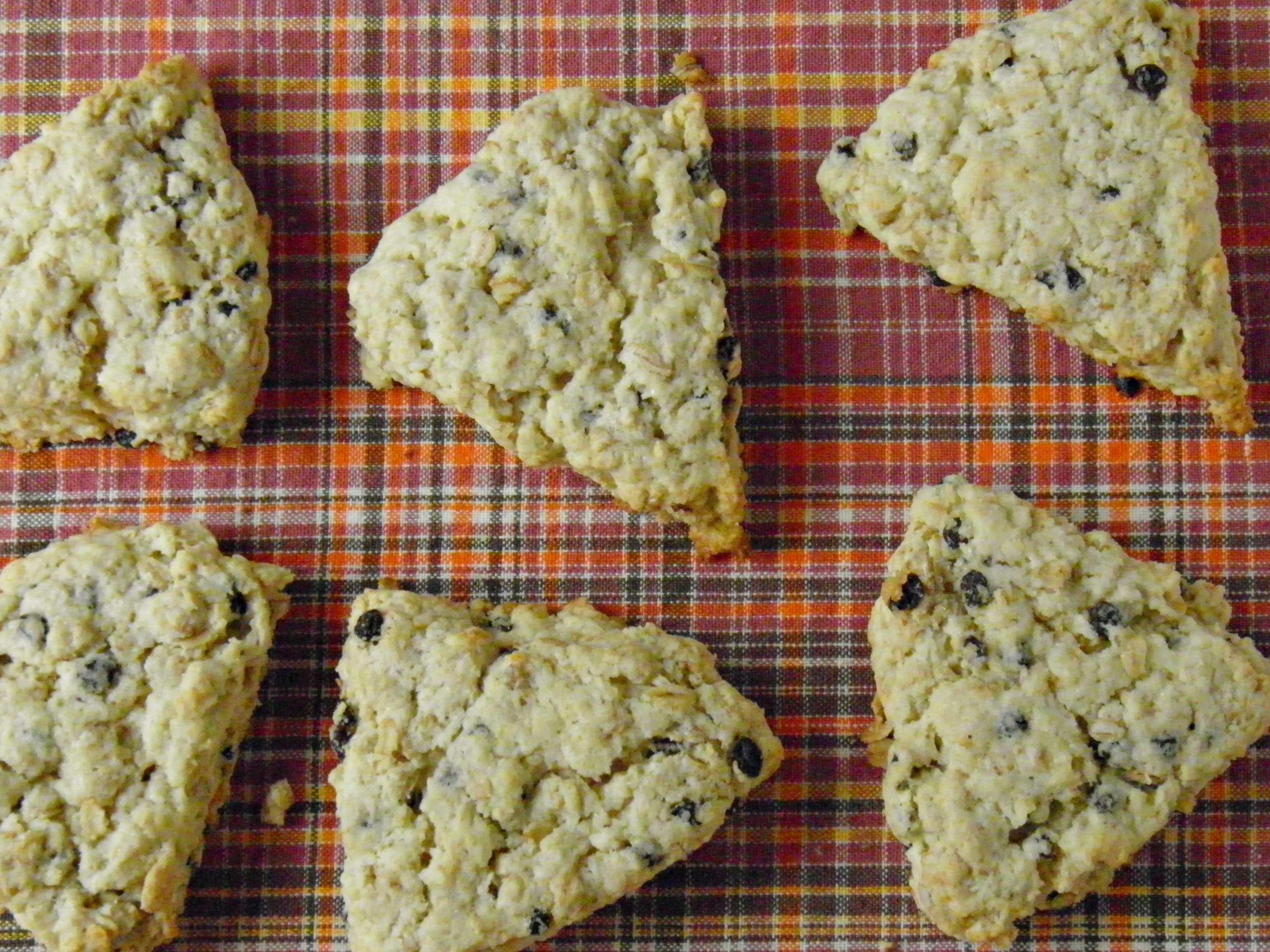 Scottish Oatmeal Scones | Forkful of Awesome