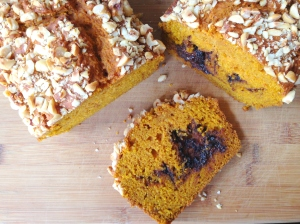 sliced pumpkin bread 1